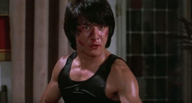 Джеки Чан: скриншот из YouTube