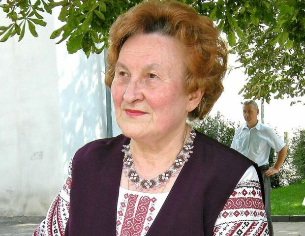 """Легендарная патриотка из Тернопольщины дала фору молодым: """"80 - начало жизни"""""""