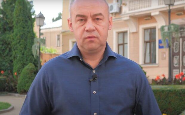 """Українцям показали """"скелети в шафі"""" мера Тернополя Надала - ковід-дисидент, шанувальник Бандери і податківець"""