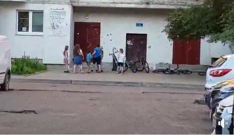 """Львовские копы закрыли глаза на избиение ребенка толпой малолеток - """"Просто игрались"""""""