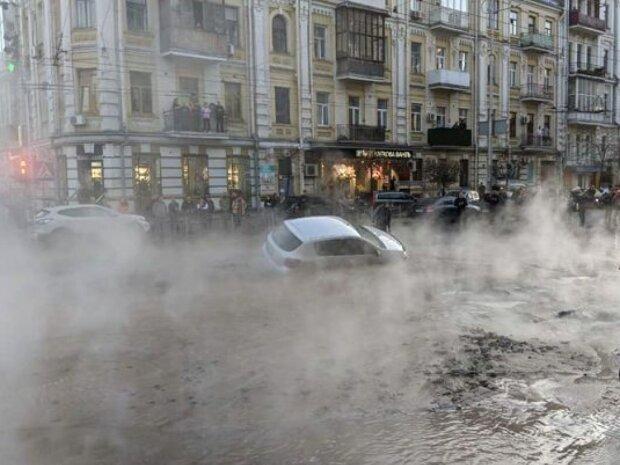 Посеред вулиці разверзлося пекло: чому дороги Києва йдуть під землю другий рік поспіль