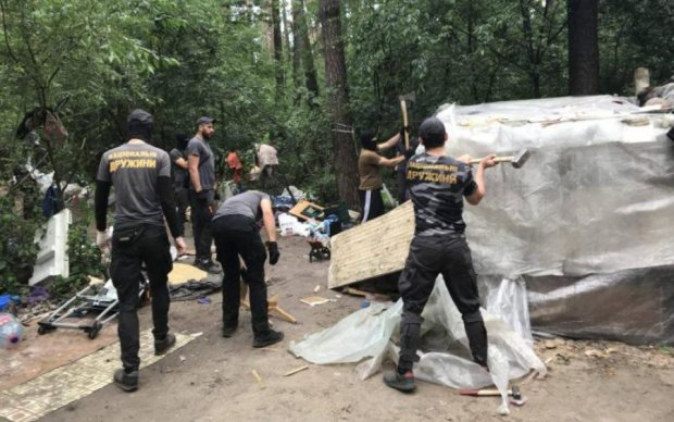 Погром табору циган у Києві: радикали пояснили за свавілля