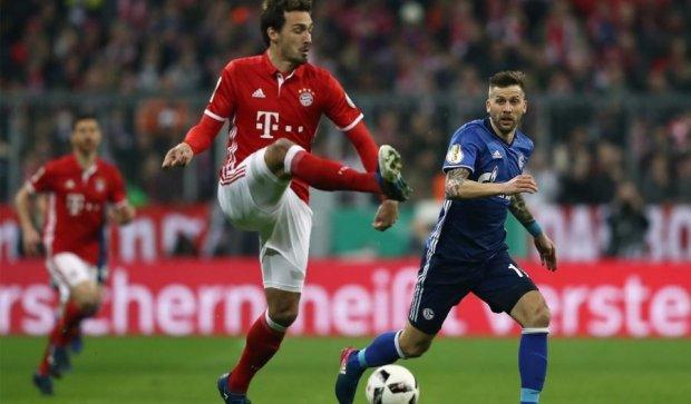Шальке без Коноплянки уступило Баварии и прекратило борьбу в Кубке Германии