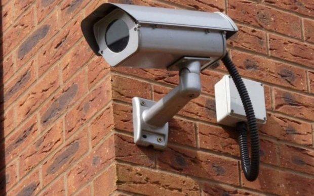 Жизнь напоказ: сколько камер следят за киевлянами