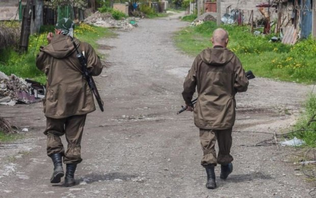 """Назад у 90-ті: жителі Донбасу розповіли, як живеться при """"Л/ДНР"""""""