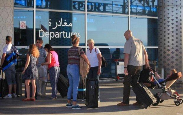 Туристичне пекло в Тунісі: українців закинули до чорта на роги