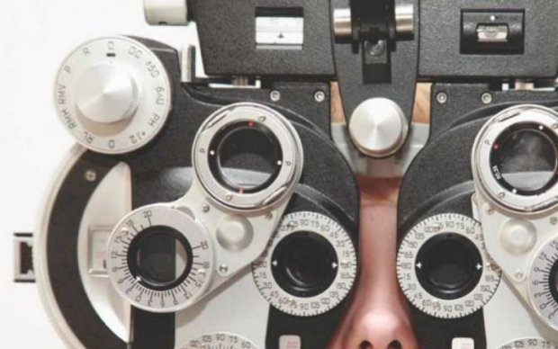 Цвет и солнце: как улучшить зрение без врачей и очков