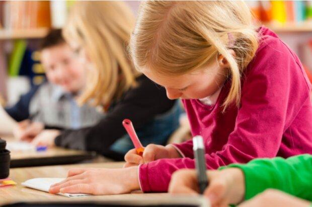 Дослідження показало, що українські школярі погано читають і рахують: до китайців ще вчитись і вчитись