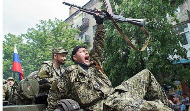 """П'яні бойовики на Донбасі влаштували святковий алкотреш, гірше тварин: """"нажерлись захиснички"""""""
