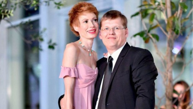 """Невесту Розенко заметили в горячих объятиях молодого режиссера: """"Вы шикарные"""""""