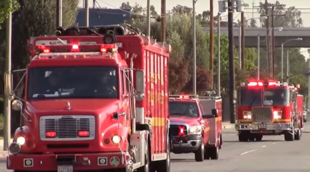Пожарные в США, скриншот: YouTube