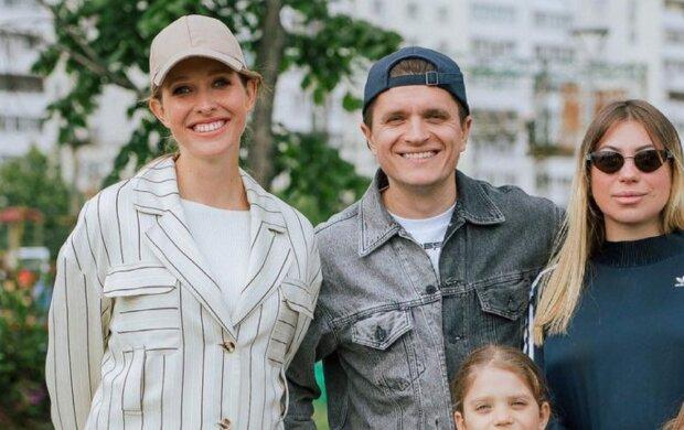 Екатерина Осадчая и Анатолий Анатолич с семьей: instagram.com/svitsketv