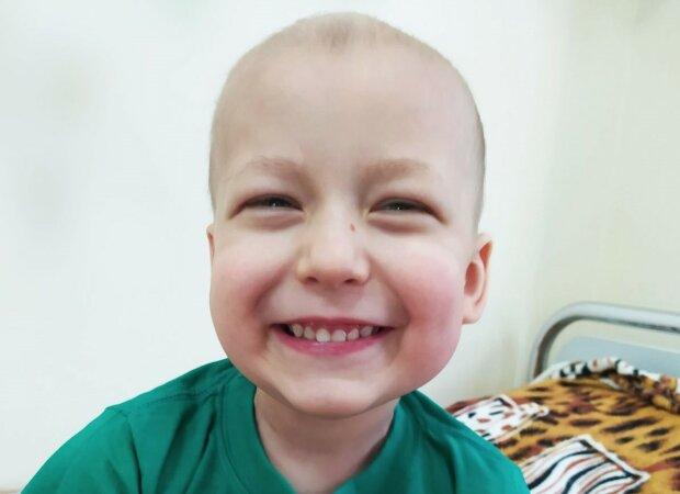 Рак з'їдає п'ятирічного українця, потрібна допомога - часу обмаль