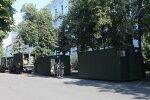 Українські військові на Донбасі оцінили мобільні будиночки від Зеленського: краще подалі від обстрілів