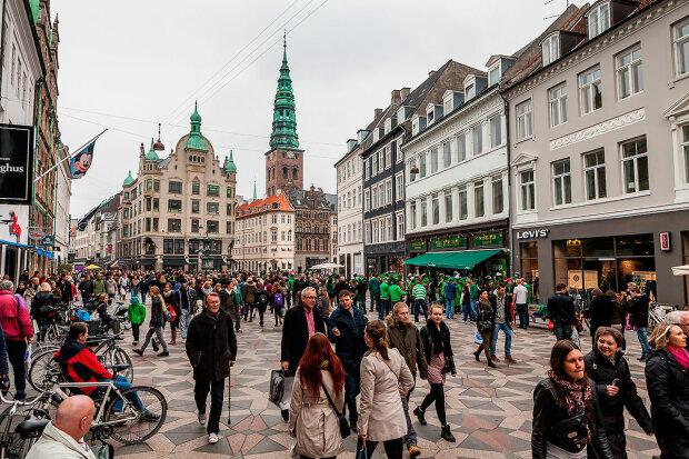 Заробитчанин в Дании живет без денег и засыпает под лучи солнца: украинец удивил впечатлениями