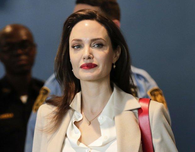 Очаровательная Джоли ослепила мир неземной красотой на съемках нового фильма: несмотря на все невзгоды