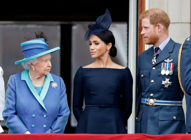 """Елизавета II дала важное напутствие Меган Маркл и принцу Гарри: """"Мы уважаем и понимаем"""""""