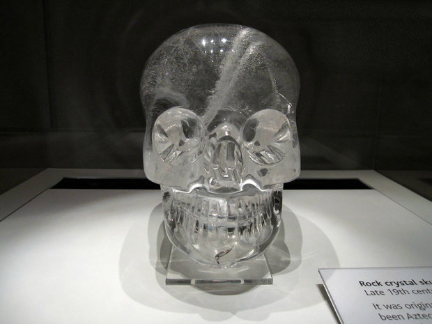 Вершники без голови, кришталеві черепи, венеціанський кровопивця та інші похмурі артефакти, які зберігають моторошні таємниці людства