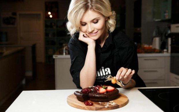 Солоденьке до 8 березня: вишукані десерти за простими рецептами
