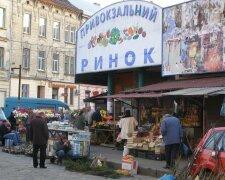 Привокзальний ринок у Львові, фото: Народна правда