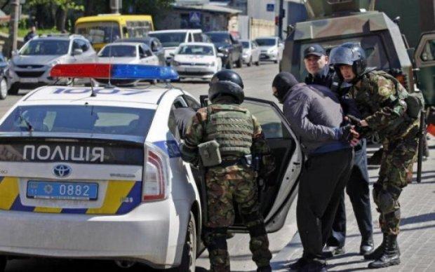 Мантра про Кремль: як поліція спекулює на розстрілі в Дніпрі