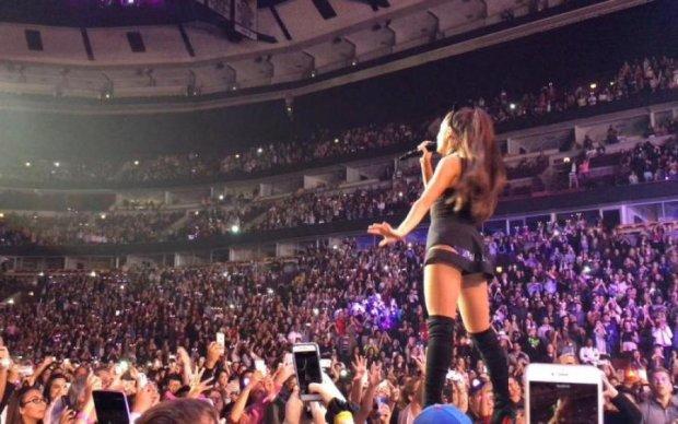 Популярна співачка прокоментувала загибель 22 осіб на її концерті