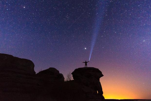 Землю осяє унікальний зорепад Персеїди: коли можна загадувати бажання