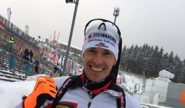 Австриец Эберхард выиграл биатлонный спринт на этапе Кубка мира в Корее