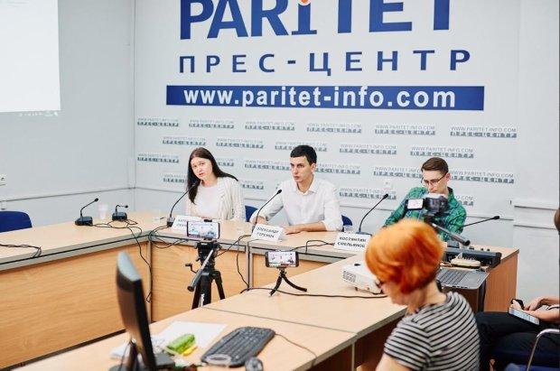 Одесский Слуга Народа Александр Горенюк заявил о черной пиар-кампании, которую против него ведут оппоненты