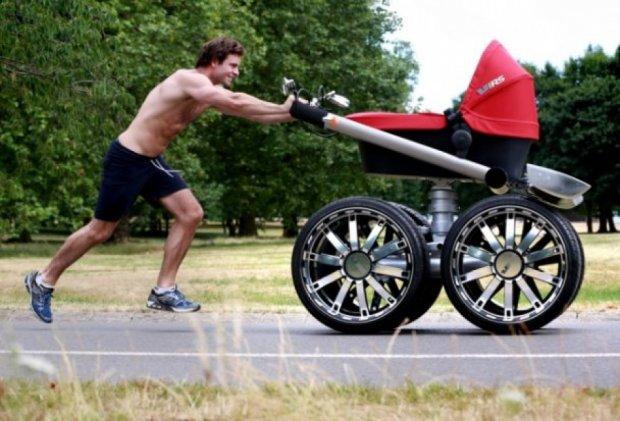 Skoda создала детскую коляску-внедорожник