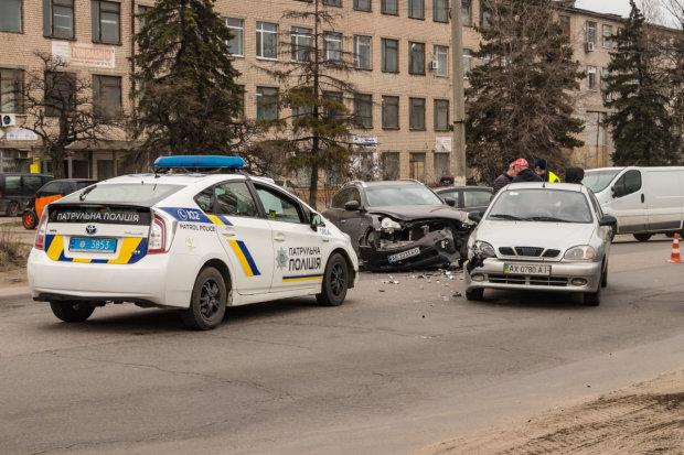 В центре Киева неадекват открыл огонь по прохожим после тройного ДТП: фото