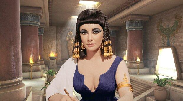 """""""Шанель №5 Древнего Египта"""": ученые воссоздали духи самой Клеопатры, вот как пахла царица"""