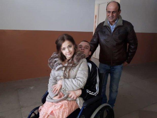 Важко хвора сім'я у відчаї звернулася до Зеленського: на кону доля маленького українця
