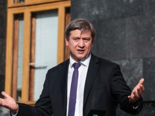 Уже не секретарь: Зеленский попрощался с Данилюком, опубликован указ