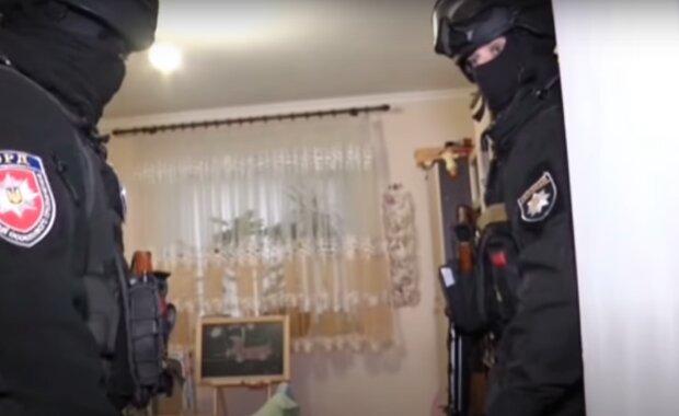 """На Тернопольщине мошенница 200 раз """"продавала"""" товар, которого не существовало"""