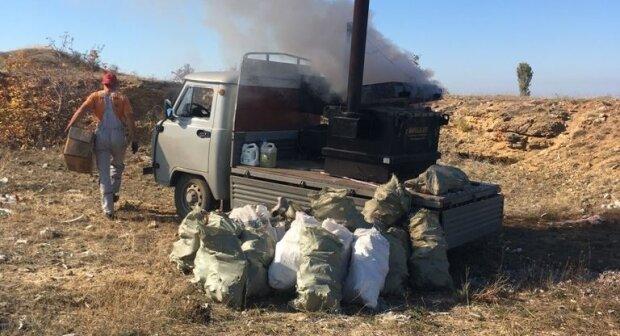 Всюди кістки та відходи: у Криму під час розвідки виявили жахливу знахідку, фото не для слабодухих