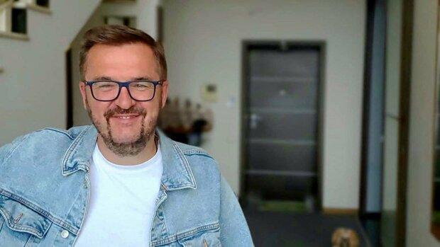 Галантний Олександр Пономарьов закохав у себе українок 8 березня