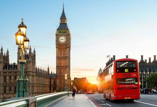 Биг-Бен в Лондоне, фото из свободных источников
