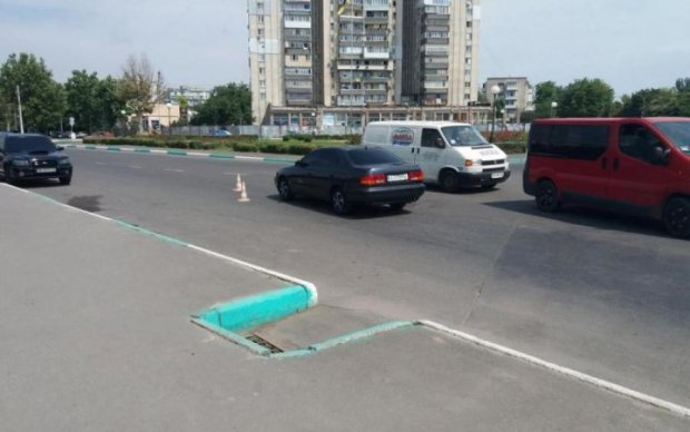 Збив дитину і втік: кияни шукають виродка на розбитому авто