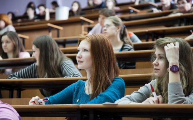 Маску и не снилось: украинские студенты клепают яйца будущего