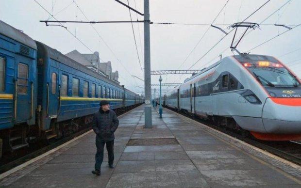 Латвия поможет разрешить железнодорожный кризис в Украине