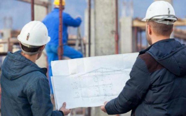 Соціологи вивідали заповітну мрію українських заробітчан