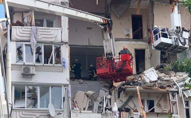 взрыв многоэтажки на Позняках, скриншот с видео