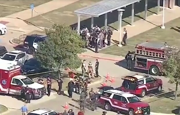 Стрілянина у школі Арлінгтона (Техас), кадр з відео