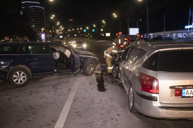 Пьяный киевлянин устроил месиво на дороге, столкнулись лоб в лоб: жестокое ДТП попало на видео
