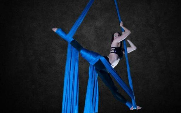 Известная гимнастка сорвалась во время выступления
