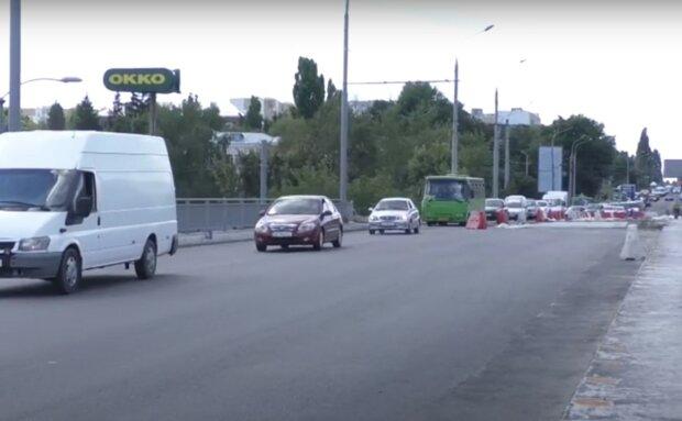 дорога в Харькове, скриншот из видео