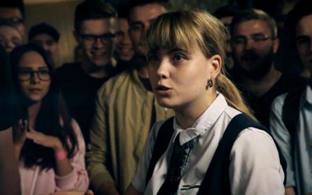 Від пікантних кадрів української реперки почервонів навіть YouTube
