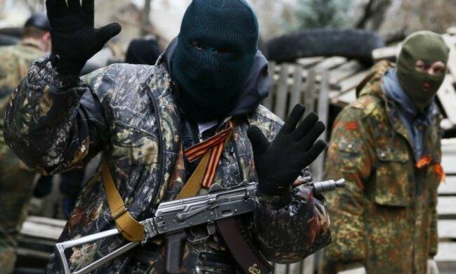 """Терористи """"тролять"""" Москаля у Станиці Луганській"""