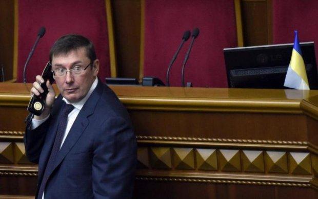 Василевський: Луценко-політик знищує кар'єру Луценка-прокурора